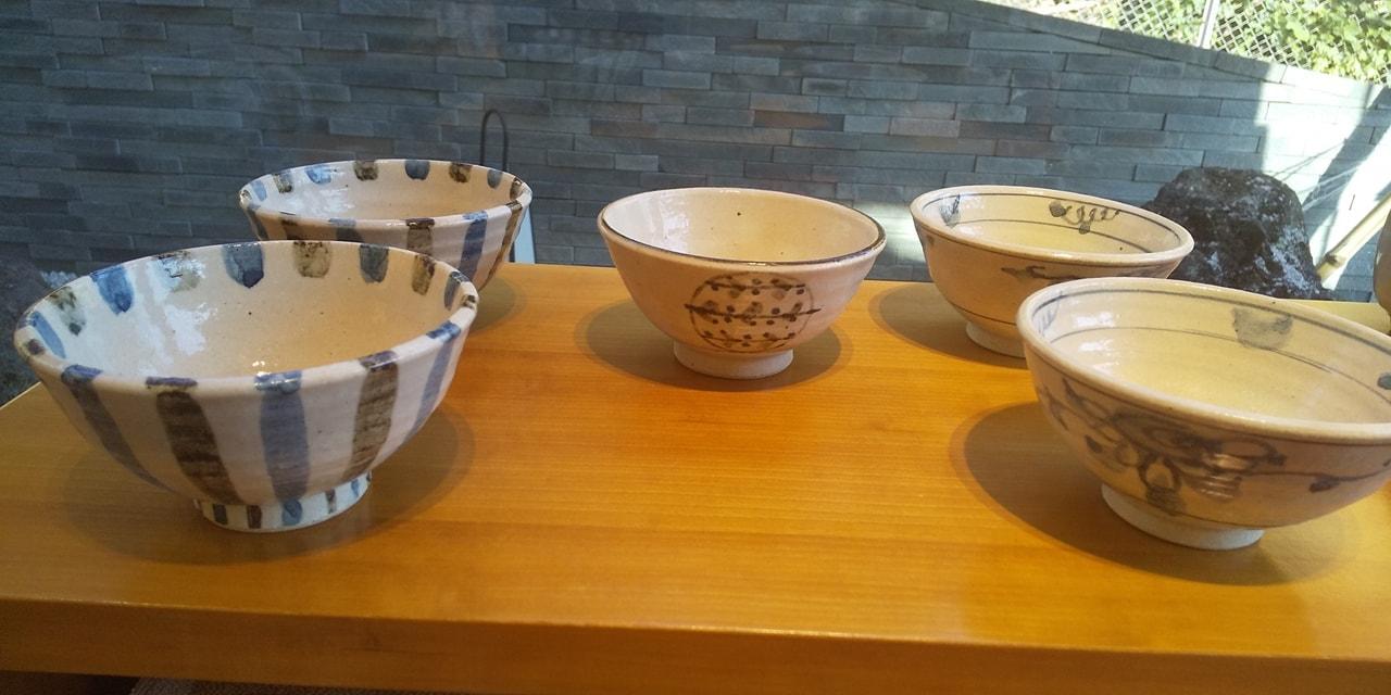 当店併設のギャラリーで備前焼、萩焼、信楽焼他陶器を販売しております~画像は信楽焼の飯碗(信楽、小林勇超先生)小ぶりで、軽く使いやすいです